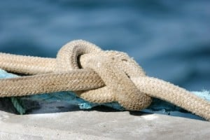 Ship Worker Gets Mesothelioma From Using Asbestos Rope