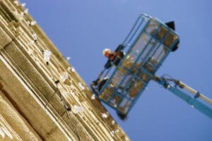 Expert In OSHA Safety Standards Reviews Crane Lift Accident
