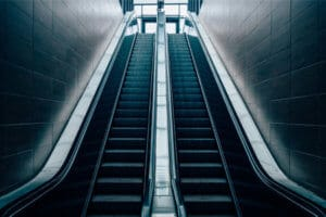 Allegedly Insufficient Mall Security Blamed For Escalator Accident